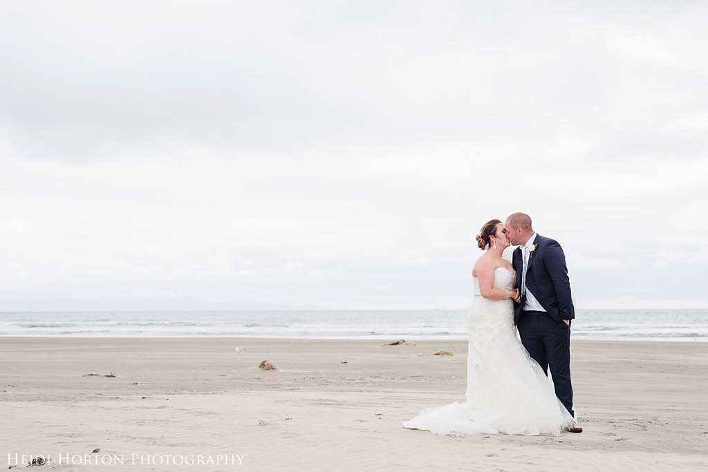 beautiful natural timeless wedding photos, beach wedding photos, Oreti beach, wedding invercargill, bridal portraits invercargill, invercargill wedding venues, Kelvin Hotel Invercargill wedding, Argyle Cottage Garden wedding, Heidi Horton Photography