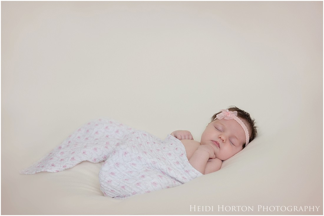Newborn photographer Southland, Heidi Horton Photography, Gore newborn photography, in-studio newborn session, portrait and wedding photographer Southland and Otago.