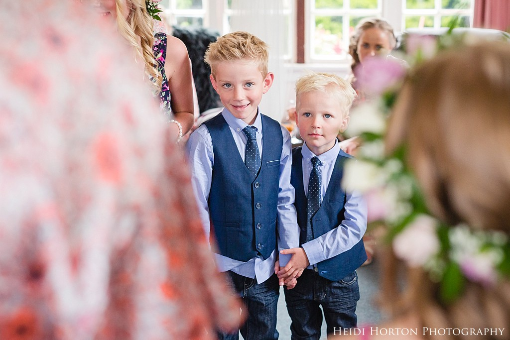 cute kids in weddings, Argyle Cottage Garden Invercargill wedding, Argyle Cottage Garden, Invercargill wedding venue, old church ruins, garden wedding Southland, Southland wedding photographer, Heidi Horton Photography