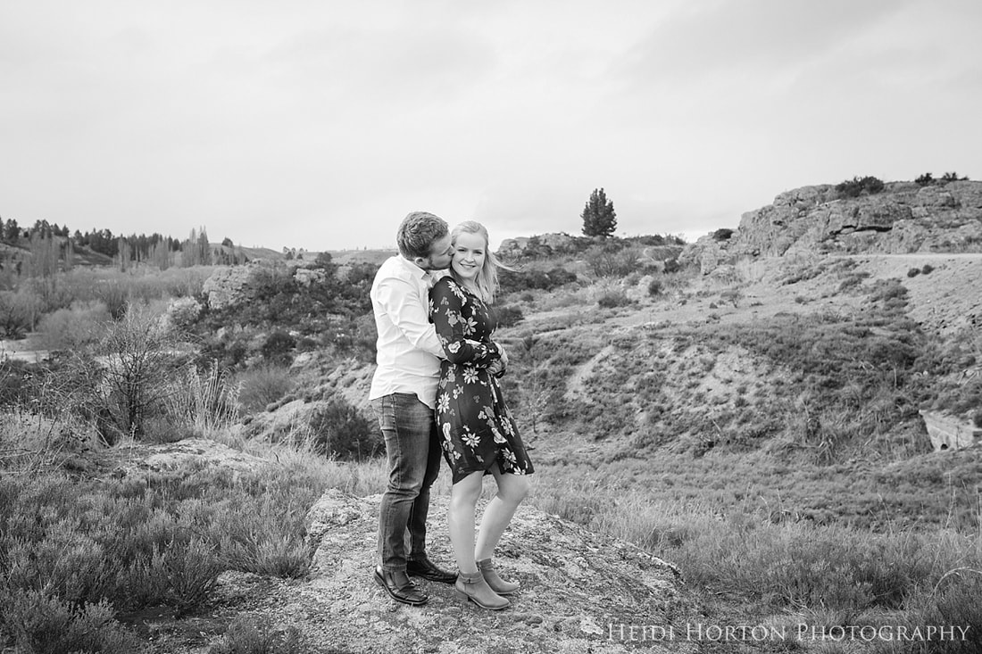 Central Otago Photographer, Alexandra wedding photographer, Alexandra Central Otago, engagement photoshoot, spring blossom photos, fun beautiful wedding photography, Heidi Horton Photography