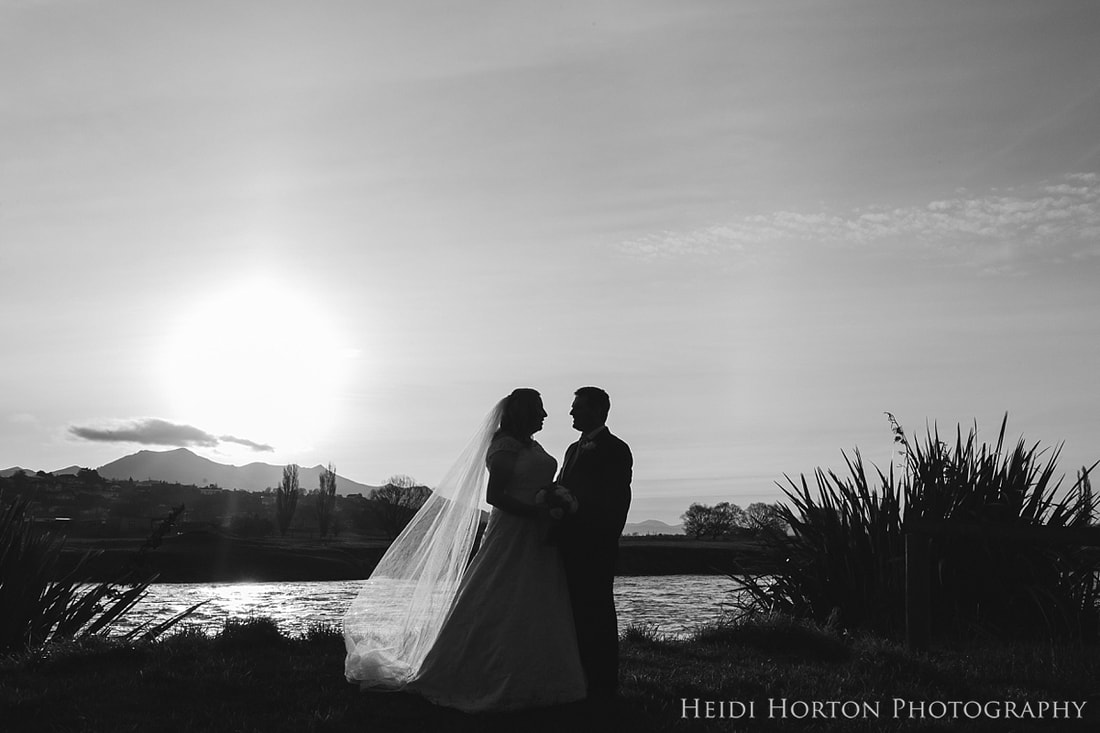 Heidi Horton Photography, Southland wedding photographers, Gore Southland wedding, Gore Catholic Church wedding, Gore photographers, husband and wife photographers, wedding photographer with second shooter, Croydon Lodge wedding, Kate Stone wedding flowers